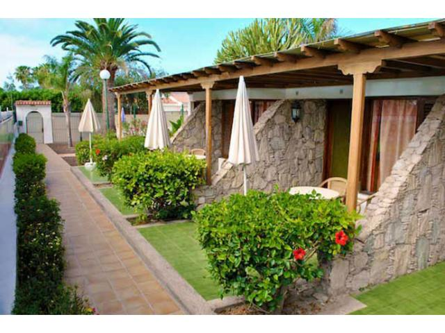 Small Bungalow-complex aimed to gay men only in Playa del Ingles. Directly oppsite the CC Yumbo!